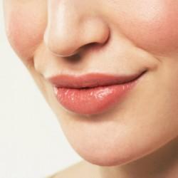 Epilation lèvres
